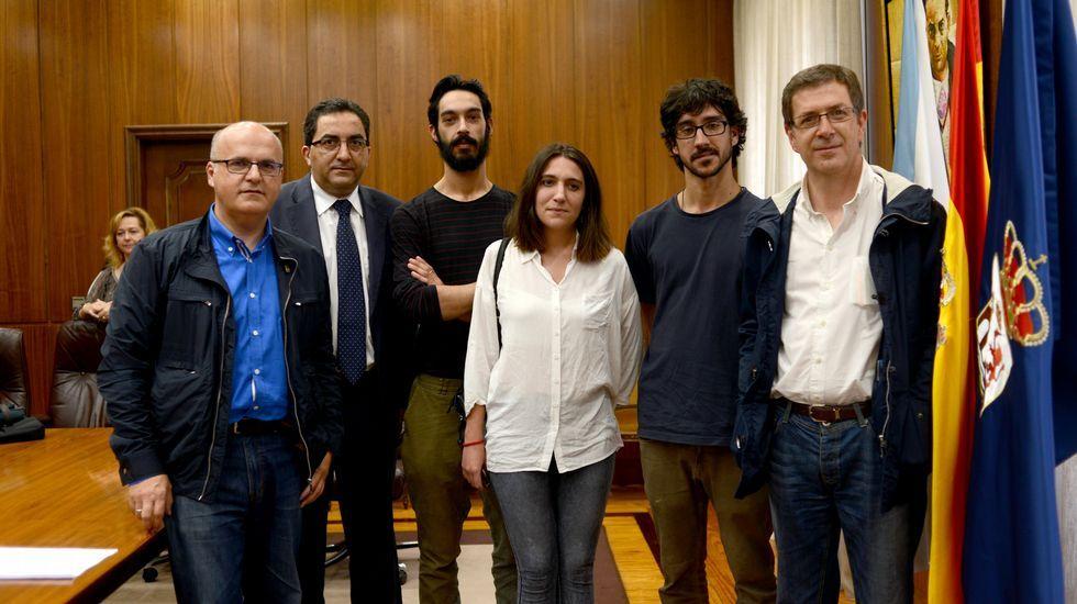 El colectivo Espacio Matrioska nació hace un año en Os Blancos, impulsado por un grupo de estudiantes de Bellas Artes.