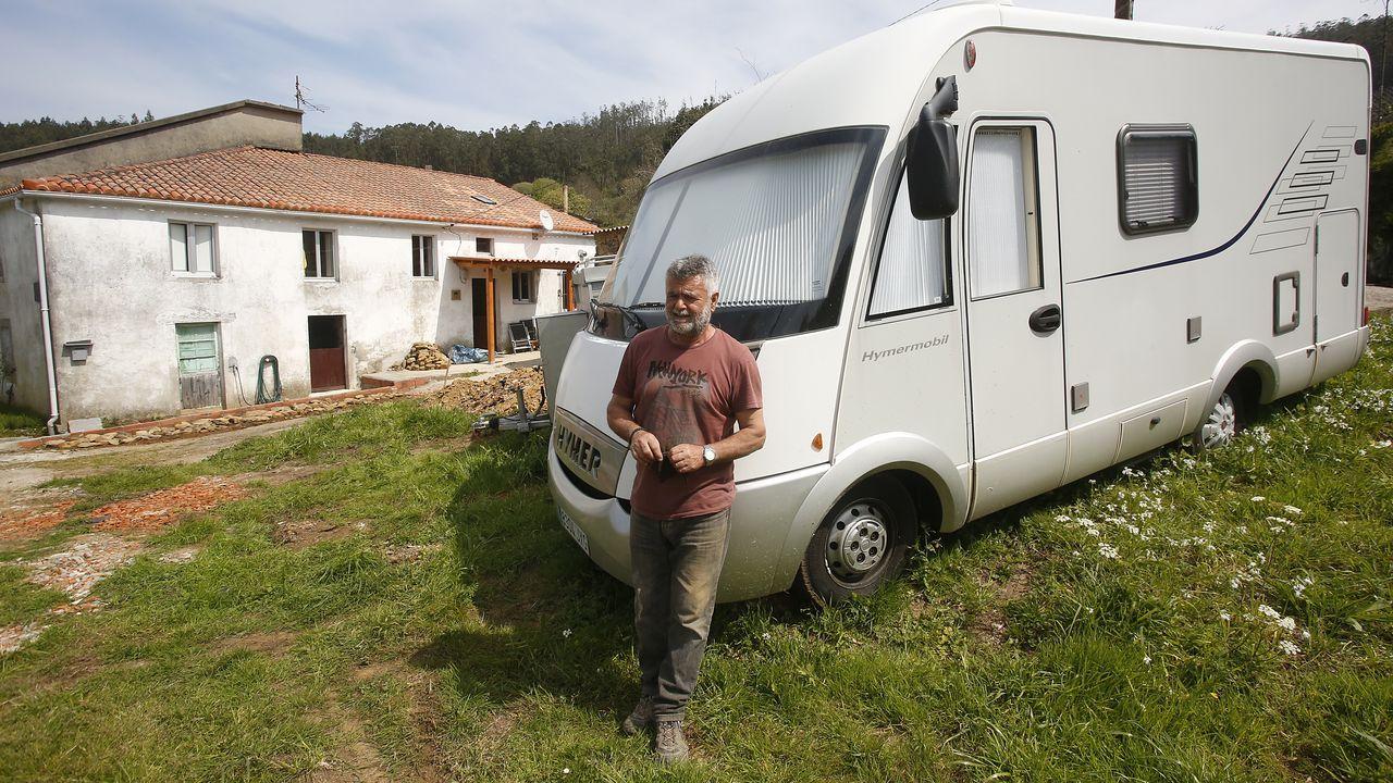 José se mudó desde Sagunto junto a su mujer en agosto del año pasado