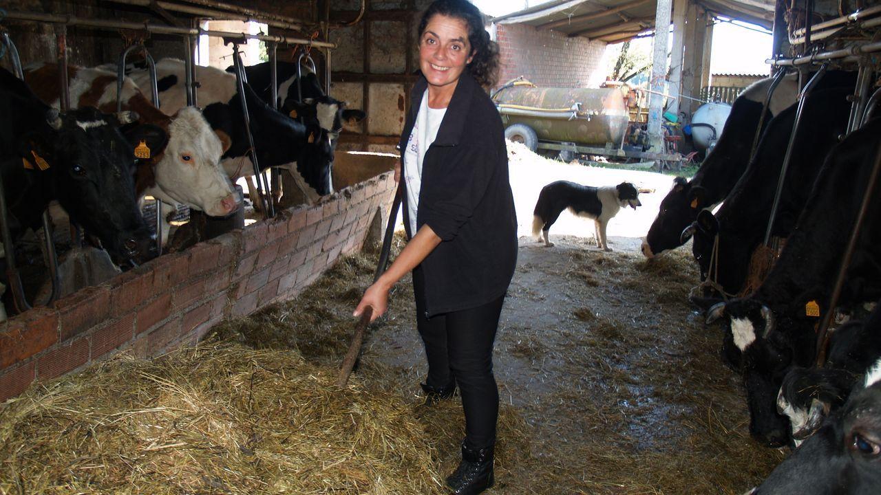 anar.Ana Vila Portomeñe vén de publicar o seu cuarto poemario, «Sentidos nunha aldea»