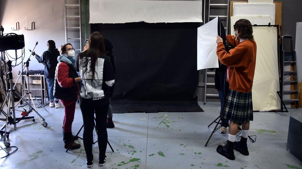 La escuela de arte y diseño Pablo Picasso de A Coruña volvió a las clases presenciales este lunes
