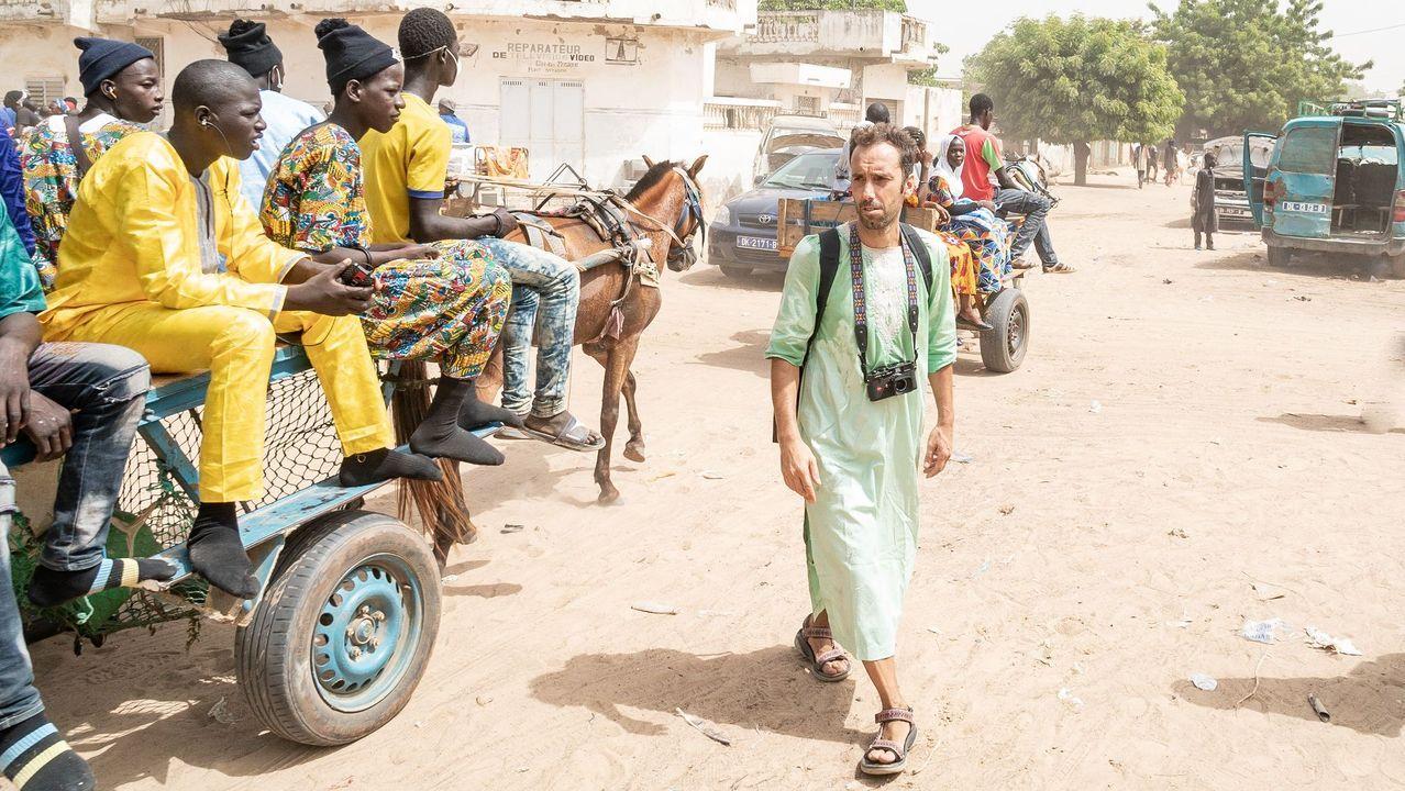 Manuel Valcárcel en un viaje a Senegal