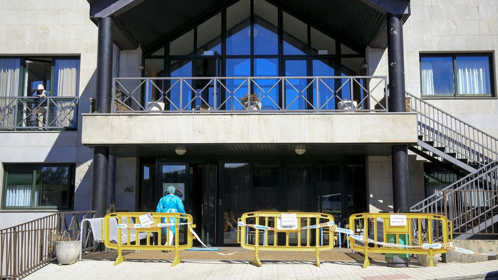 En la residencia de mayores de O Incio vivían o trabajaban en agosto cerca de 170 personas, de las cuales 128 se han contagiado