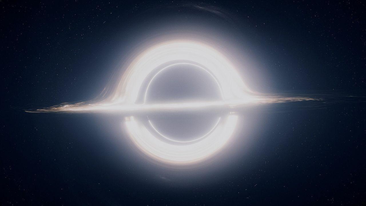 Júpiter, más cerca que nunca.Agujero negro de la película Interstellar