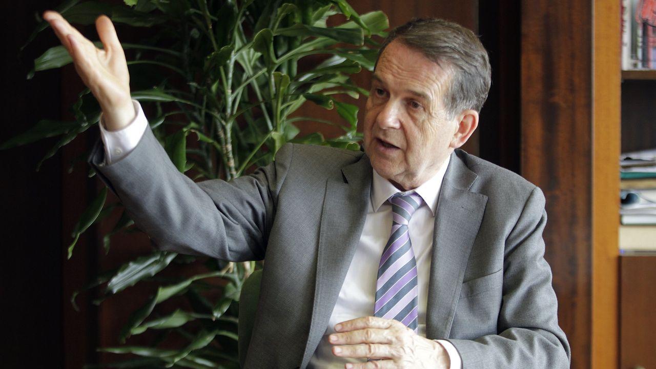 Felipe VI: «España no puede ser de unos contra otros».Alfredo Canteli, alcalde de Oviedo