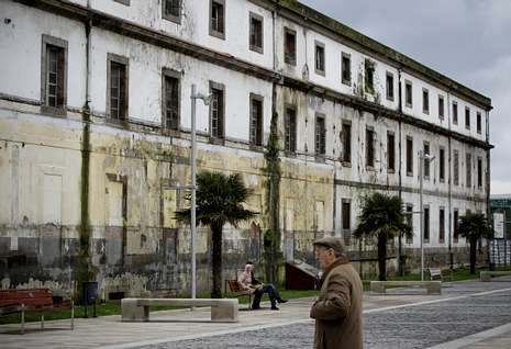 Presupuesto Municipal 2014.Las obras en el edificio de Tabacos, sin actividad desde el 2001, tienen un plazo de 30 meses.