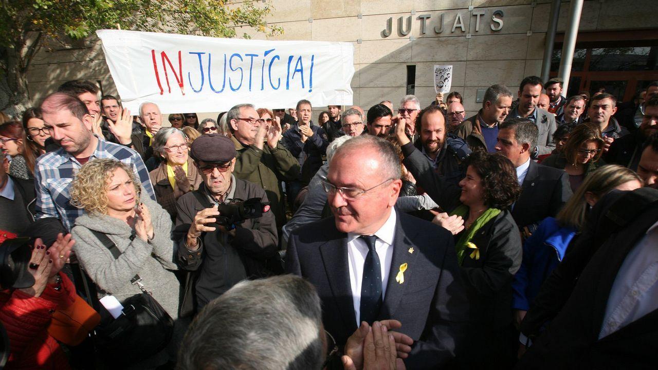 El alcalde de Reus, Carles Pellicer, al salir del juzgado en octubre del 2017
