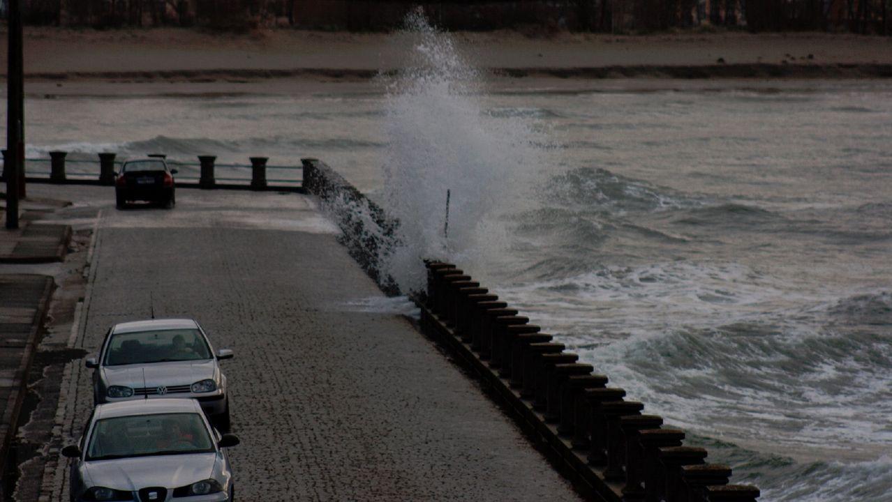 Habrá olas de hasta 8 metros, pero ¿por qué nunca las vemos así de altas?.Nairo Quintana celebra su triunfo en Lagos de Covadonga