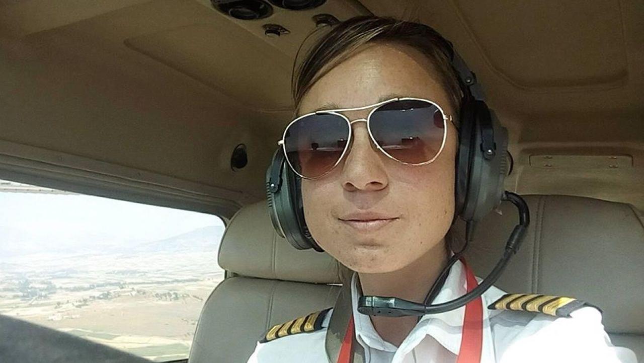 Tania Cabo, única mujer piloto del aeropuerto internacional de Etiopía
