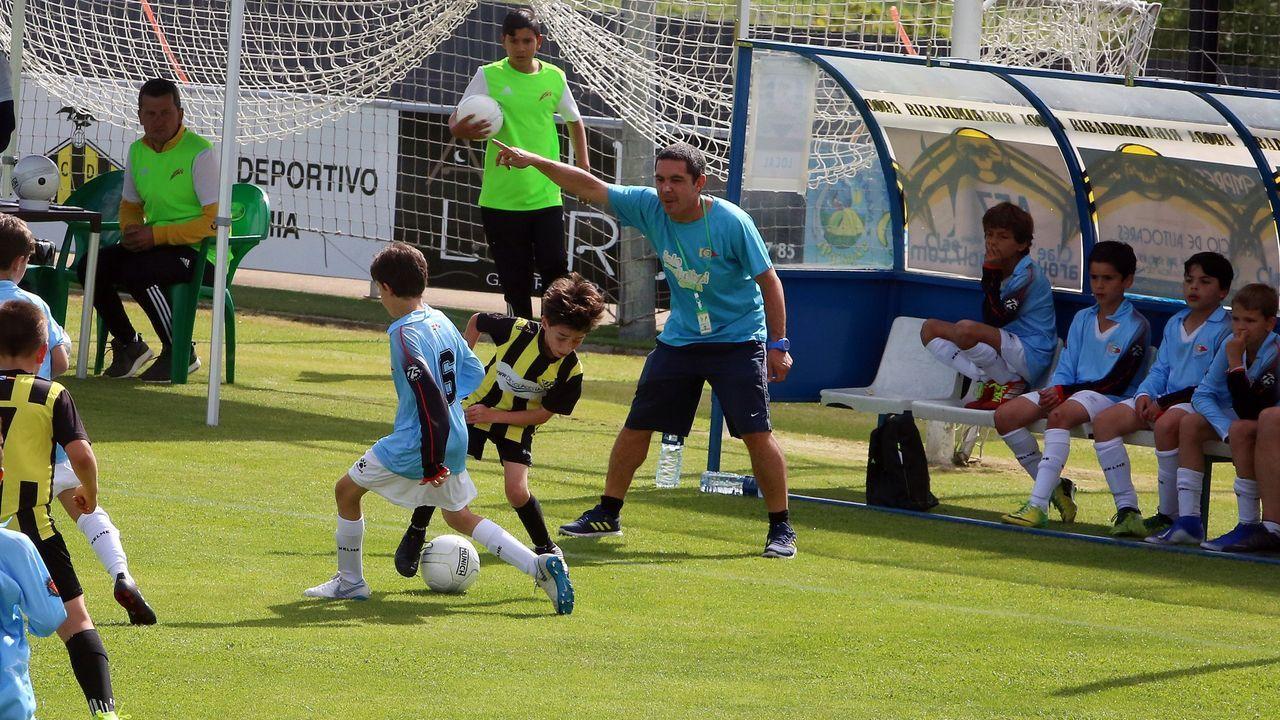 Así se celebró La Liga del Deportivo en el 2000.Aitor Aldeondo, en El Requexón