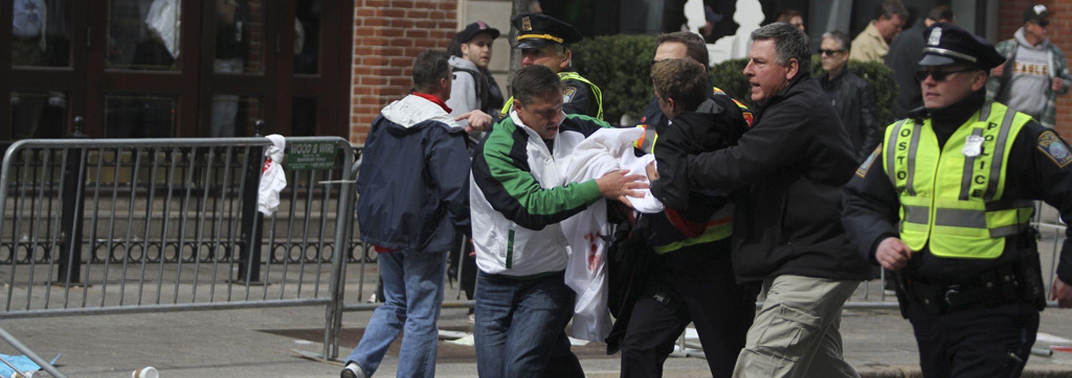 Imágenes de las explosiones en el maratón de Boston.Captura de TV del momento de la explosión
