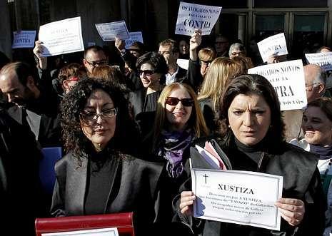 Los abogados han protestado enérgicamente contra las medidas del ministro de Justicia.