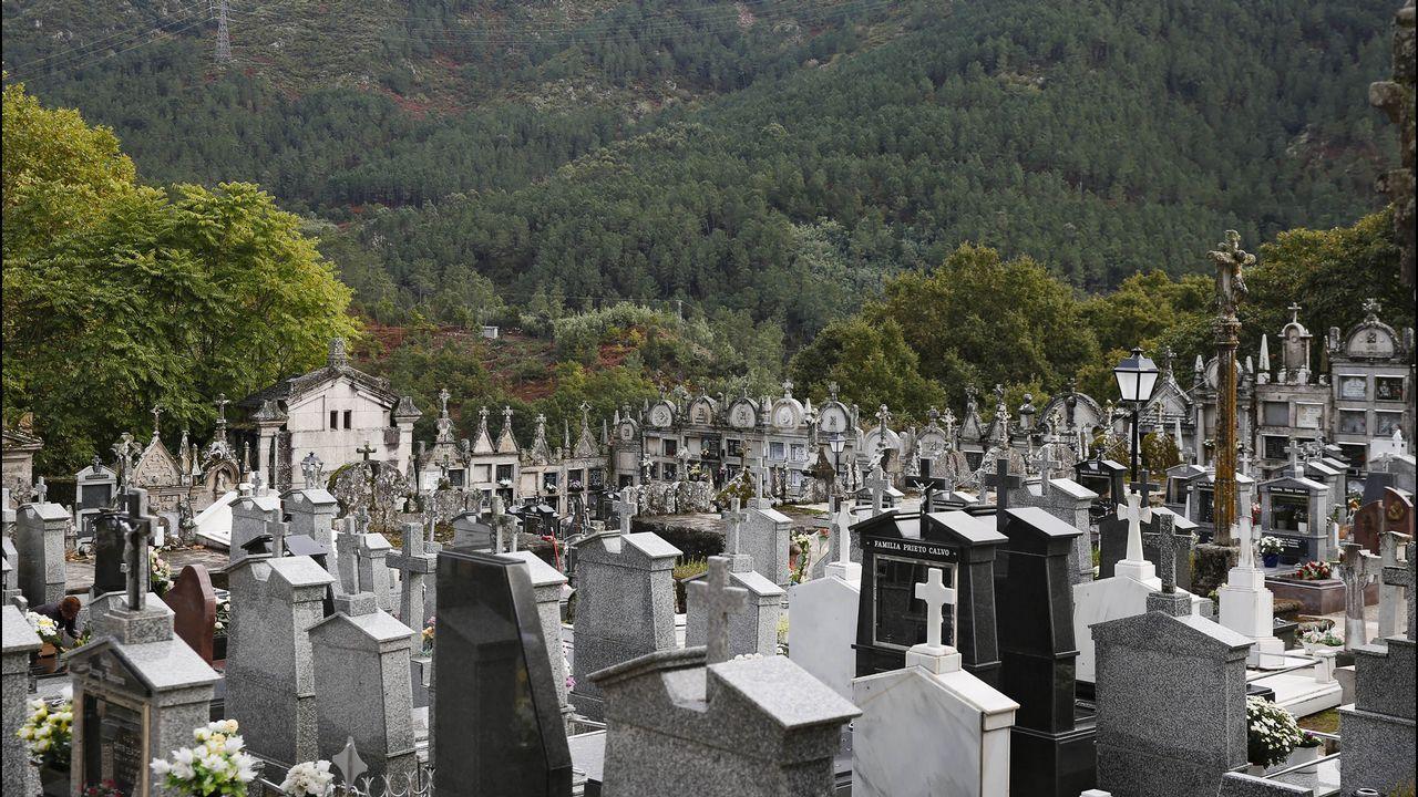Cementerios singulares de Ourense..Cementerio de Ribadavia.