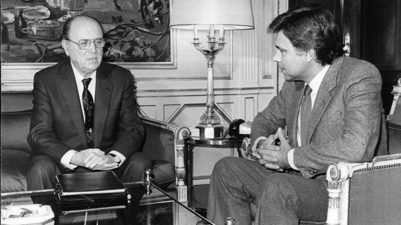 El presidente del Gobierno Felipe González se reúne con Gerardo Fernández Albor, presidente de la Xunta de Galicia.