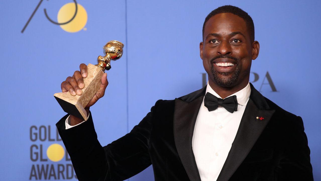 En televisión, mejor actor de serie dramática: Sterling K. Brown, por «This Is Us».