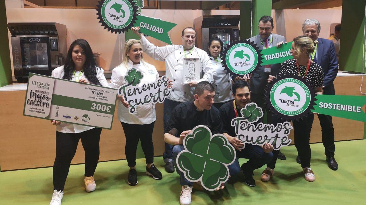 Vencedores del  III Concurso de Cachopo de Ternera Asturian