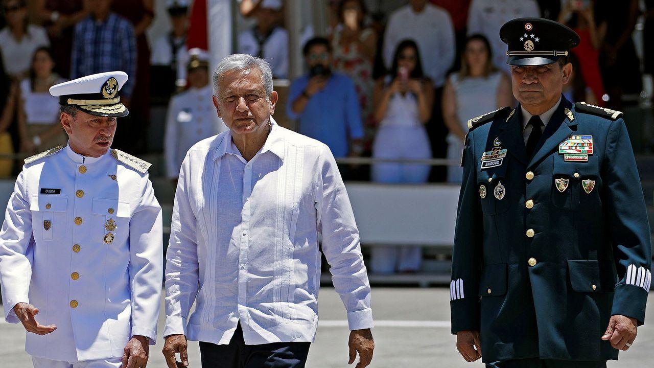 Detenido en Francia el ex dirigente de ETA Josu Ternera.El presidente de México, Andrés Manuel López Obrador, en la imagen en el centro, mientras participa en un acto protocolario, en el municipio de Alvarado, en el estado de Veracruz (México)