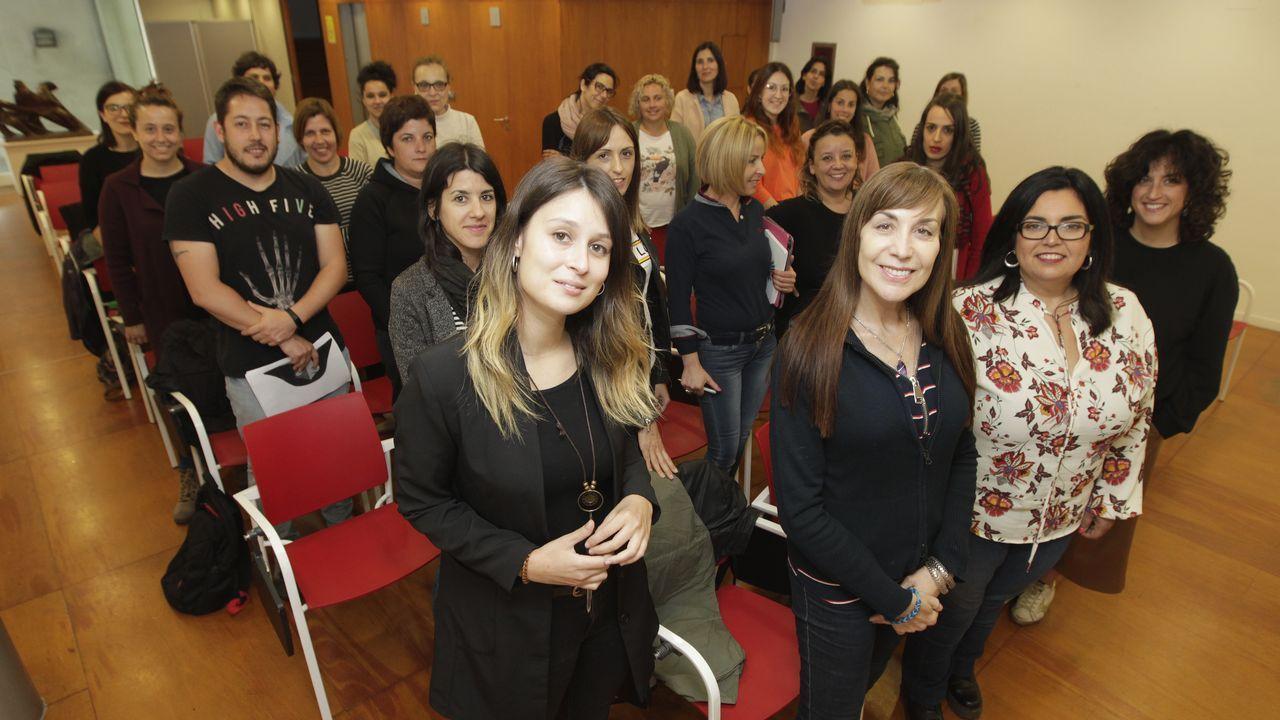 Los trabajadores del turno de oficio de la provincia de Pontevedra, el jueves en jornada informativa en Vigo