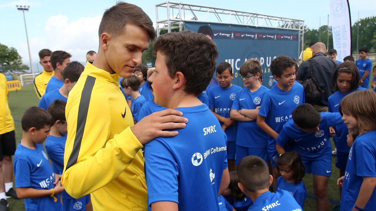 Sergio y Denis, con De Lucas en el medio, en un entrenamiento del primer equipo en abril del 2011