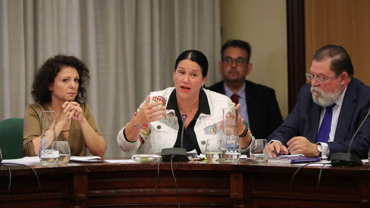Los concejales del PP en el ayuntamiento de Móstoles, Mercedes Parrilla; Mirina Cortés y Alberto Rodríguez de Rivera