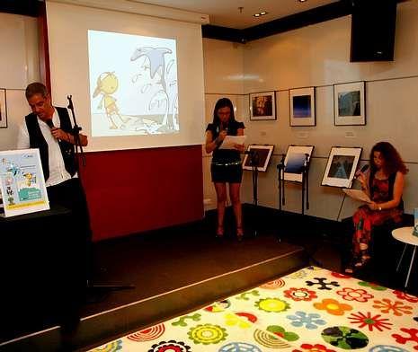 Presentación de «Quiero ser tu amigo en Altamar», de Loreto Román, en la Fnac.