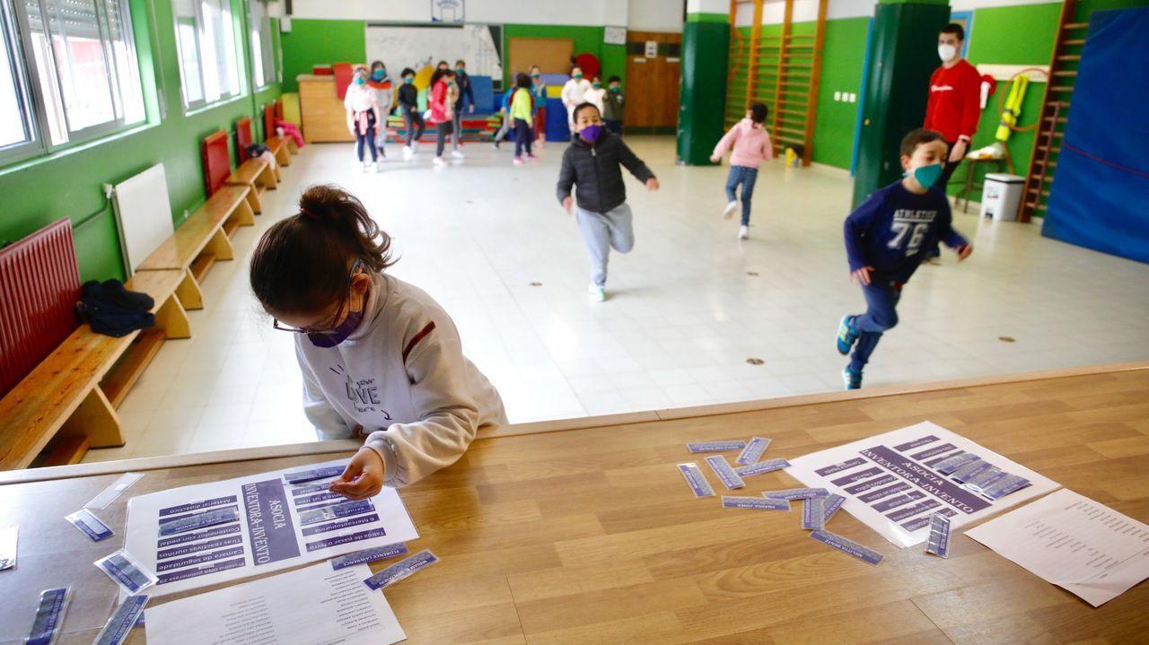 Imagen de archivo de una actividad escolar en el CEIP Paradai, que ya no registra casos tras sufrir un numeroso brote hace unas semanas