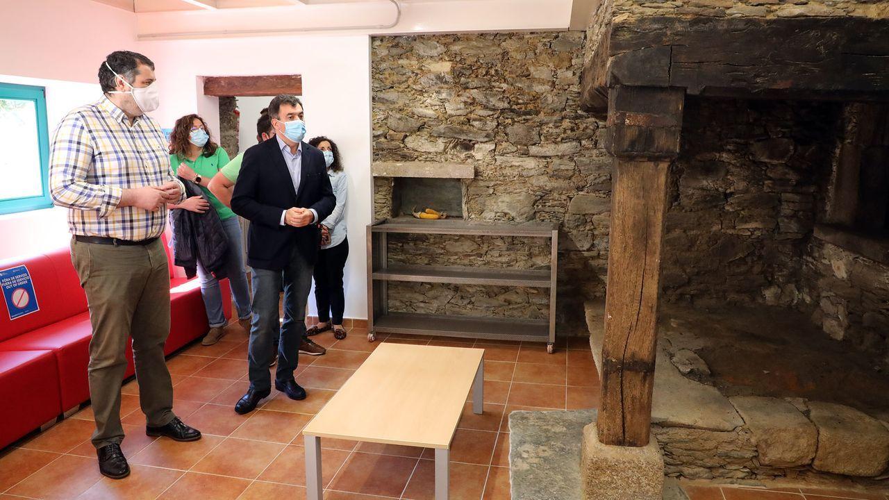 Ya llegan los peregrinos.El nuevo albergue abrirá sus puertas en la antigua casa de ejercios de Pontedeume