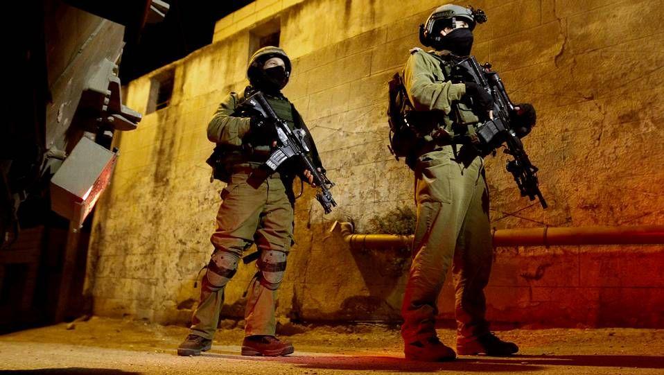 Israel decretó toque de queda indefinido, movilizó a reservistas y cerró los accesos a Hebrón.