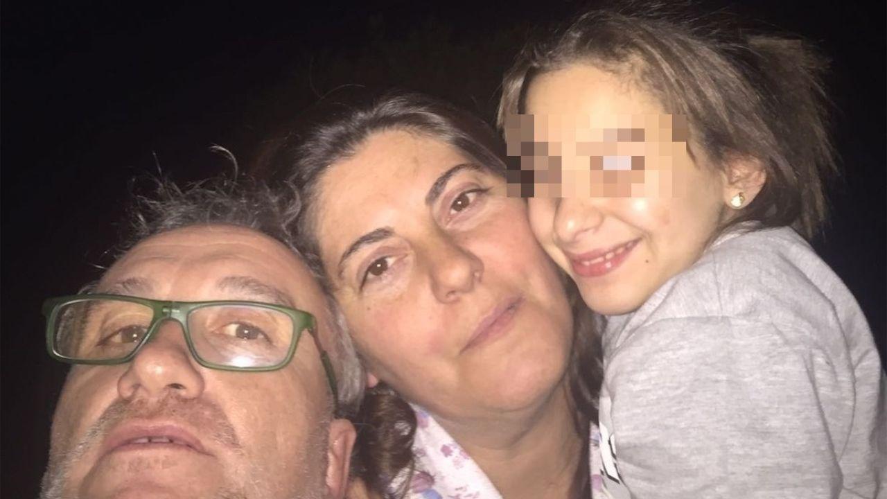 La madre de Keaton Jones bajo sospecha.En la imagen, Margarita Garau (centro), madre de Nadia.