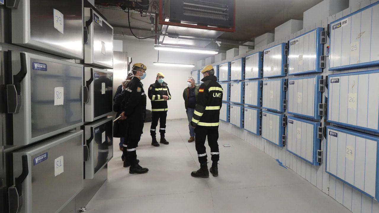 Militares de la UME, en la morgue provisional instalada en la Ciudad de la Justicia