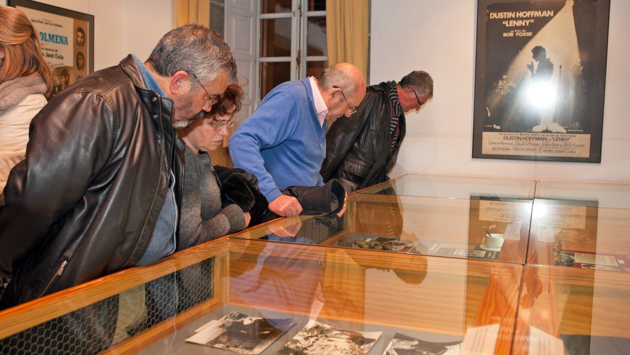 Tomas Lindahl, Premio Nobel de Química en el 2015 visita la bodega Martín Códax.El escritor austríaco Peter Handke, a la izquierda, el viernes, a su llegada a la Academia Sueca, en Estocolmo, donde conversó con un grupo de periodistas