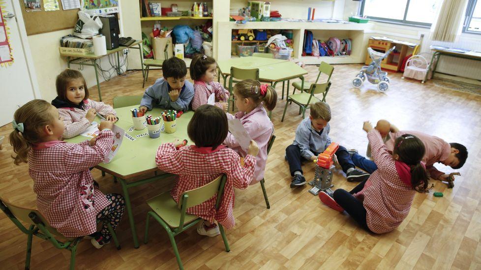 Imagen de archivo de un colegio de Val do Dubra. En Galicia se fomenta la educación colaborativa y el aprendizaje basado en proyectos