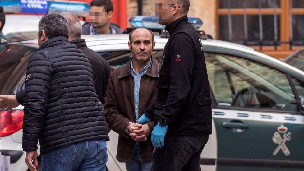 La Guardia Civil ha registrado dos viviendas habituales del arrestado Julio Ledo