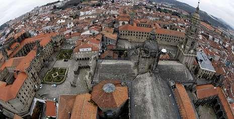 El Ministerio de Fomento ha decidido financiar la restauración del cimborrio de la Catedral, que se encuentra muy dañado.