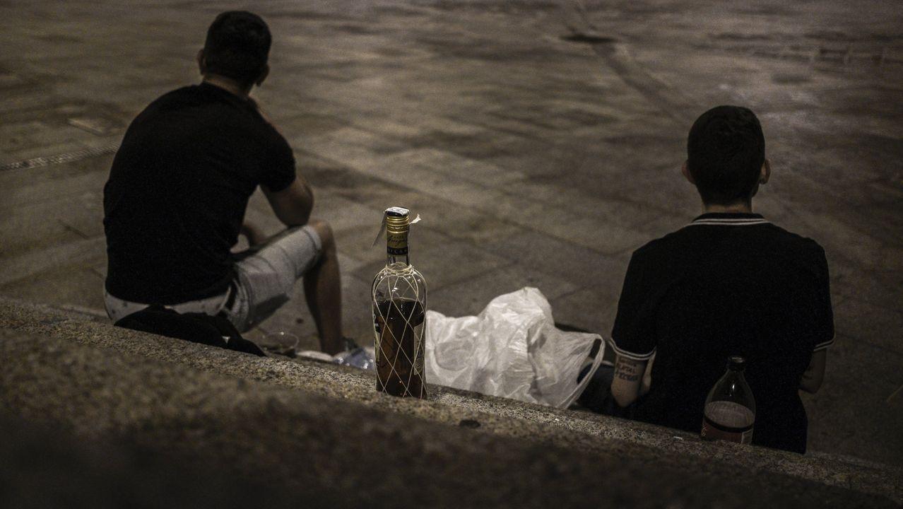 El rap asturiano contra la pandemia.Foto de archivo de un control del ocio nocturno por el covid de la Policia Autonómica