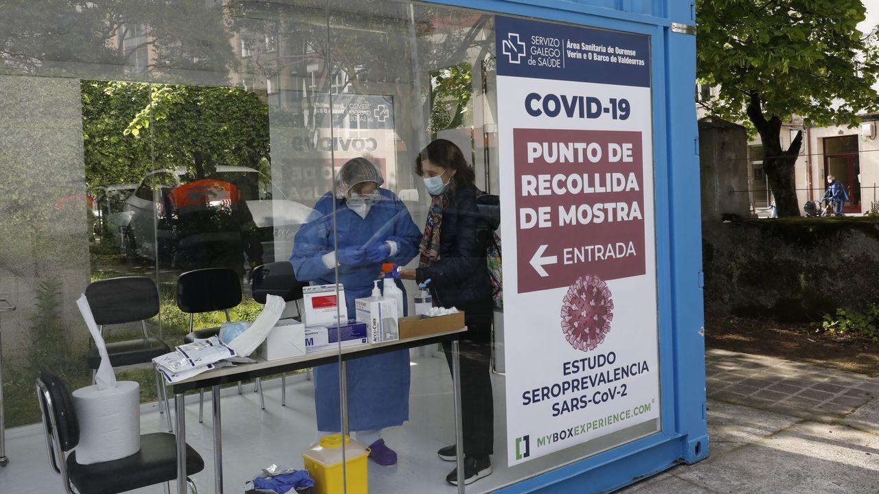 Los «cazafantasmas» del virus desinfectan por el mundo.barnier