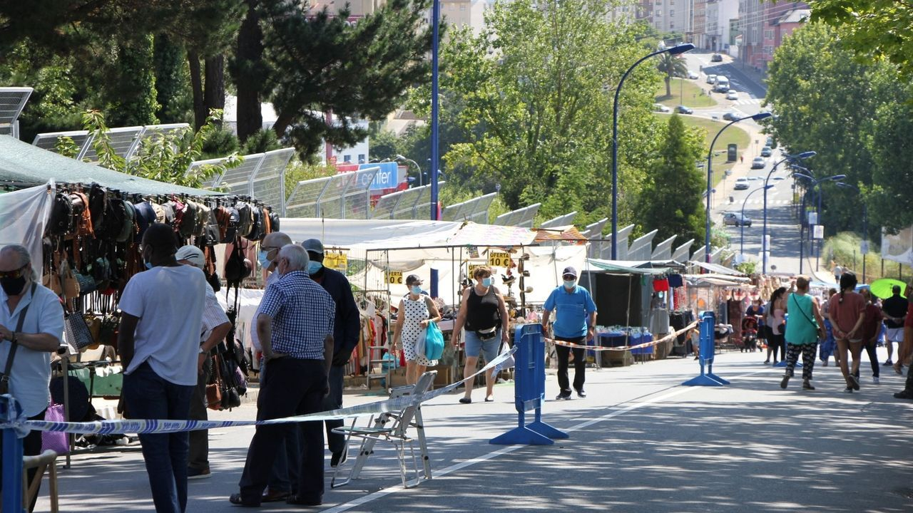 Las imágenes desde el hotel coruñés donde está confinado el Fuenlabrada.Imagen del feirón que se celebró en Vilaboa el día 12