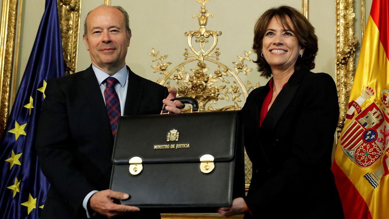 Delgado traspasa la cartera de Justicia a su sucesor, Juan Carlos Campo