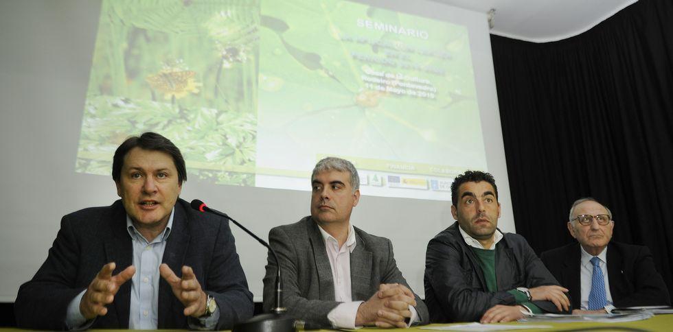 El alcalde de Morcín, Jesús Álvarez Barbao.Ponentes gallegos y de toda España concurrieron ayer en el seminario de Asaja, en Rodeiro.