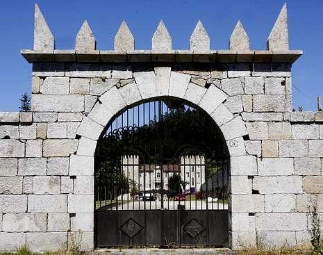 El primer intento de Freixenet para producir Rías Baixas fue en el pazo de Baión.