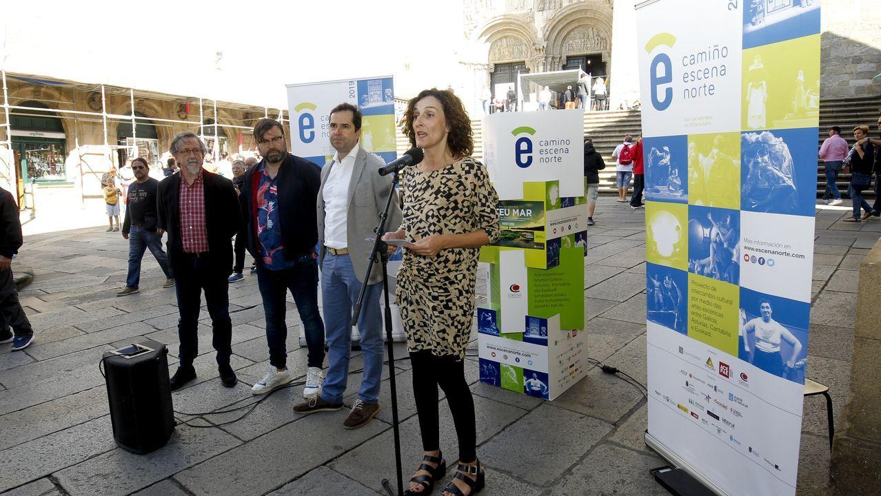 Las imágenes que deja la despoblación en el interior de Lugo.Los camioneros decidieron este martes continuar el encierro en el Ayuntamiento de Ferrol de forma indefinida.