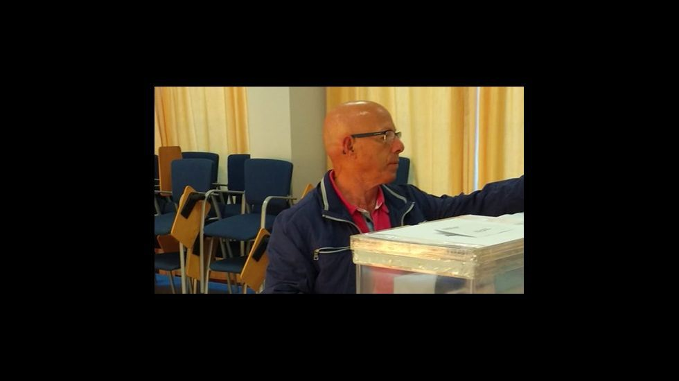 Votación de Xosé Ansede (BNG) en Corcubión