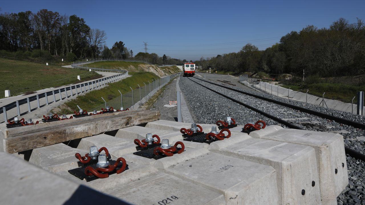 Obras del AVE en la transición con el tramo convencional entre Taboadela y Ourense