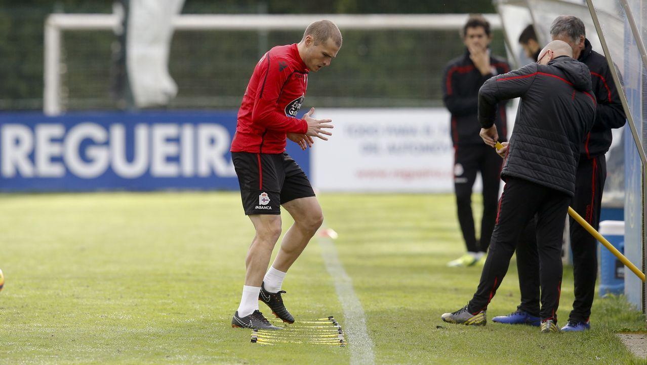 Gol Carlos Hernandez Real Oviedo Cadiz Carlos Tartiere.Bergantiños no podrá jugar el sábado por sanción