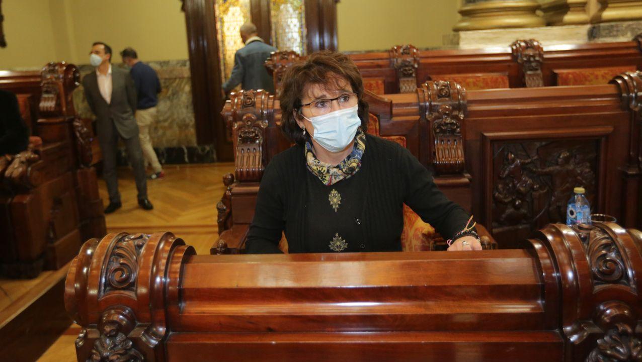 En Directo | Isabel Faraldo toma posesión de su acta como concejala en sustitución de Xiao Varela.Corporacion de A Coruña.