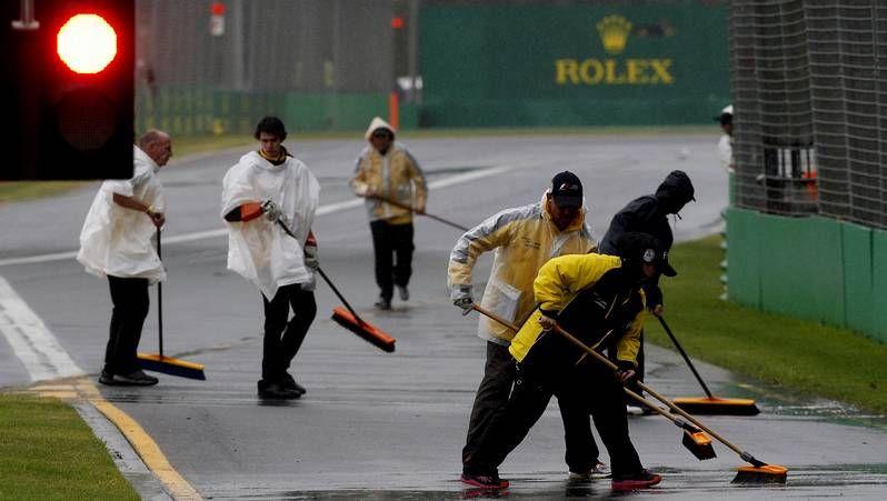 La lluvia aplaza la calificación en Australia