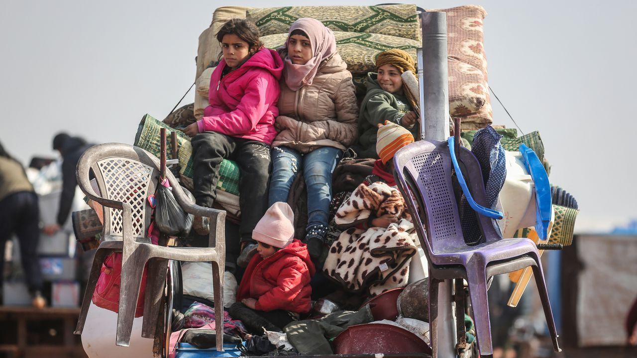 El tráiler de «The Cave».Una milicia huye de la ofensia siria sobre Sarmin