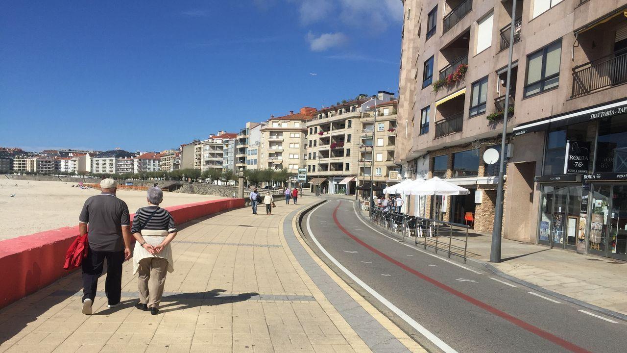 Una ballena se da un festín de kril entre Muros y Corrubedo.Pablo Agrelo presentó en Lugo las Xornadas marisqueiras