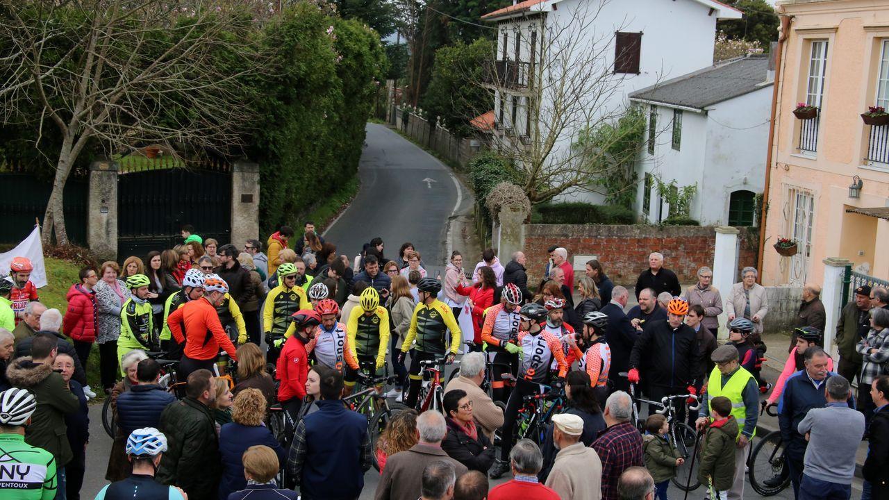 El 22 de abril de 1982 los ciclistas salieron de Lugo en dirección Gijón con una neutralizada por la Muralla romana