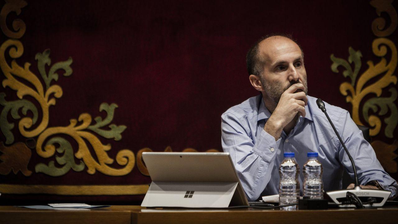Entrevista a Ana Pontón.Gonzalo Pérez Jácome, durante un pleno