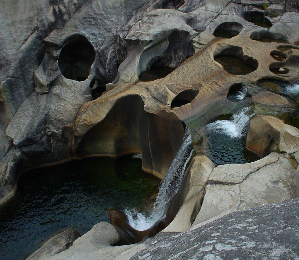 La lluvia hace de la Costa da Morte una enorme balsa.La fijación del caudal ecológico ha mudado las condiciones de la zona.